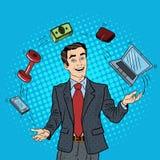 Bruit Art Successful Businessman Juggling Computer, téléphone et argent Images libres de droits