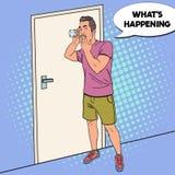 Bruit Art Surprised Man Overhears Conversation avec le verre L'espion écoute clandestinement illustration libre de droits