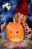 Bruja con la calabaza Foto de archivo libre de regalías