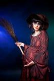 Bruja embarazada. Víspera de Todos los Santos Fotografía de archivo libre de regalías
