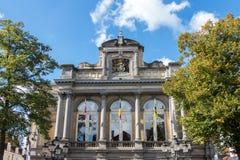 BRUJAS, BÉLGICA EUROPA - 26 DE SEPTIEMBRE: Edificio adornado en Bruge Fotos de archivo libres de regalías