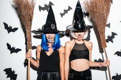 Brujas emocionales de las mujeres jovenes Imágenes de archivo libres de regalías
