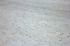 Brukować białym prostokątnym kamieniem jak biały ceglany brukowanie wewnątrz na Fotografia Stock