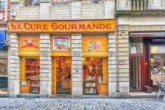 BRUKSELA BELGIA, LIPIEC, - 07, 2016: Czekolady miasta i sklepu widok Zdjęcie Royalty Free