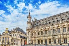 BRUKSELA BELGIA, LIPIEC, - 07, 2016: Uroczysty miejsce (Grote Markt) - Zdjęcie Stock