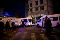 BRUKSELA, LISTOPAD - 25, 2017: Zamieszki policja wznawia rozkaz w Bruksela po pokojowego protesta przeciw niewolnictwu zostać gwa Zdjęcia Royalty Free