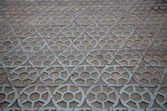 Brukujący bloki robić obsady żelazo na bruku w Kronstadt Zdjęcie Royalty Free