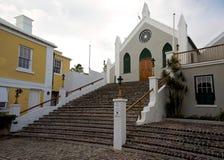 Brukujący schody St Peters kościół anglikański w St George, Bermuda zdjęcia stock