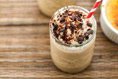 Brulee kall drink för kafékräm Royaltyfria Bilder