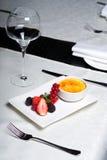Brulee room - heerlijk dessert Stock Fotografie