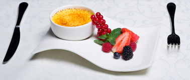 Brulee room - heerlijk dessert Stock Foto