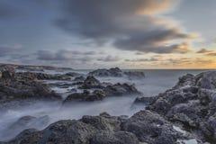 Brume au-dessus des roches Photographie stock