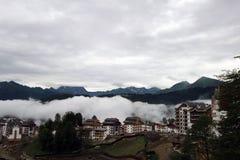Brume dans les montagnes Images libres de droits