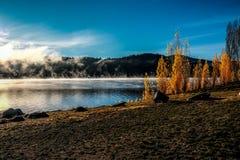 Brume de lac Photos libres de droits