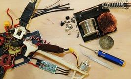 Brummen - elektronische Geschwindigkeitsregelung ESC, die nach Abbruch ersetzt Stockfotografie
