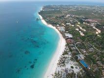 Brummenansicht von Kendwa-Strand in Sansibar Tansania lizenzfreie stockfotos
