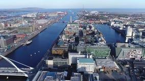 Brummenstadtbild und -ozean stock video footage