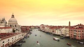 Brummenvideo - Vogelperspektive von Venedig Italien stock video
