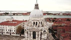 Brummenvideo - Vogelperspektive von Venedig Italien stock video footage