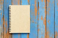 Brun anteckningsbok arkivbild