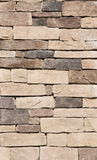 brun stentexturvägg Arkivfoton