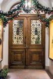 Brun wood dörr Royaltyfria Bilder