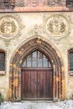 Brun wood dörr Arkivfoto