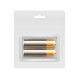 Bruna alkaliska motorförbundetbatterier i den packade blåsan Royaltyfria Bilder