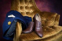 Bruna skor för wholecuts för lädermedaljongtå Arkivfoto
