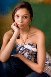 Bruneete atractivo del modelo de moda de la mujer de la muchacha fotografía de archivo libre de regalías
