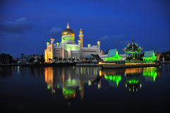 Brunei Sultan Omar Ali Saifuddien Mosque. Night image of Masjid Sultan Omar Ali Saifuddien Mosque, Bandar Seri Begawan, Brunei Royalty Free Stock Image