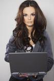 brunetaffärskvinna royaltyfri fotografi