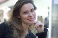 Brunete in a mall. Casual portraits Royalty Free Stock Photos