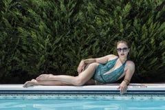Brunetka bikini model Fotografia Royalty Free
