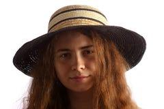brunetki dziewczyny kapeluszowi słomiani potomstwa Obrazy Royalty Free