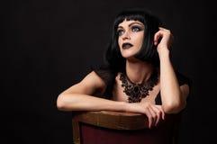 Brunetki kobieta w gothic stylu obraz stock
