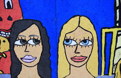 Brunetki vs blondynki Obrazy Royalty Free