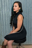 Brunette στο Μαύρο Στοκ Εικόνα