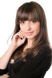 Brunette atractivo joven en negro fotos de archivo