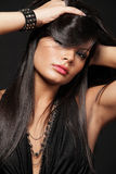 Brunette com cabelo longo. Fotos de Stock