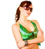 Brunette dans la robe verte Photos stock