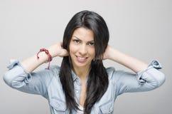 Brunette de sourire Image stock