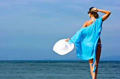 Brunette in dem Meer Lizenzfreies Stockfoto