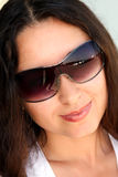 Brunette em vidros de sol Foto de Stock