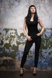 Brunette joven atractivo Imagenes de archivo