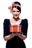 Brunette magnifique avec le cadre de cadeau Images libres de droits