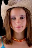 Brunette met hoed royalty-vrije stock afbeelding