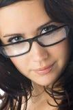 Brunette mit Gläsern Stockfotos