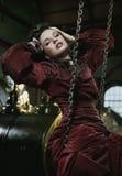 brunette nell'interiore alla moda Fotografia Stock Libera da Diritti