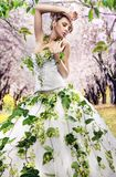Brunette renversant Images stock